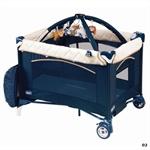 Детский манеж-кроватка Chicco Play&nap